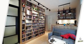 【室內設計作品】即使好似圖書館一樣展示了三千多張的唱片,這三百多呎的小家居也不壓迫!