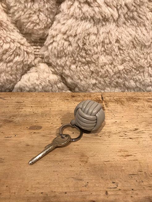 Keyholder knot Napa leather