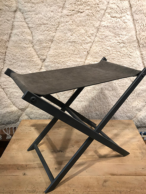 Stool in iron and suede, foldable