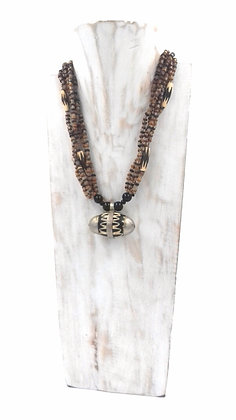 """Collier """"motif traditionnel"""""""