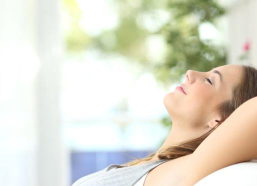 4 exercices de sophrologie pour rester zen pendant le confinement !