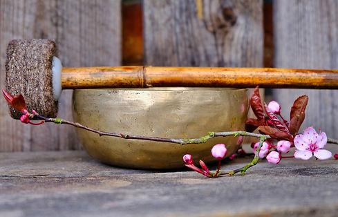 singing-bowl-4892202_1920.jpg