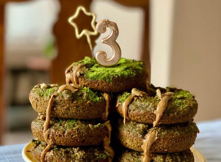 Matcha Sunbutter Banana Donuts - 3 Year Anniversary!!