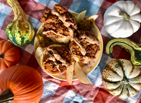 Pumpkin Peanut Oatmeal Baked Apples