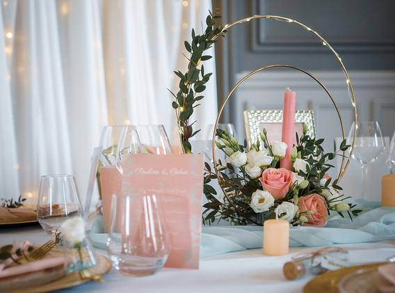 Décoration table mariage pêche et mint