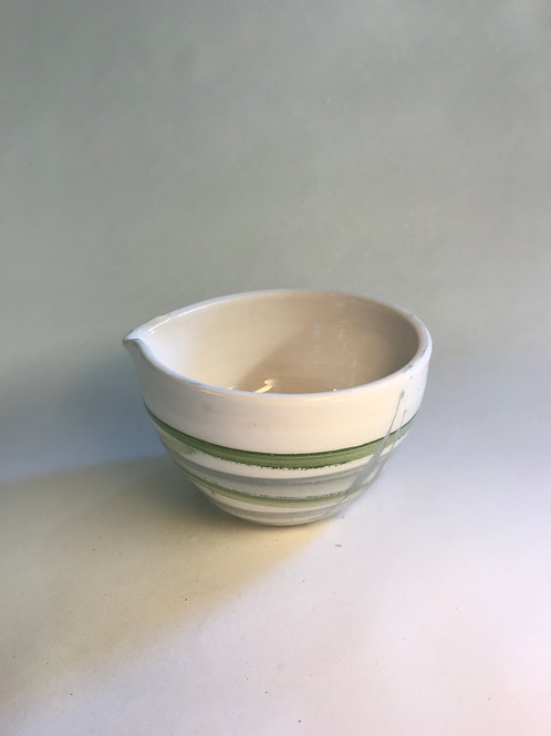 White and green pouring bowl