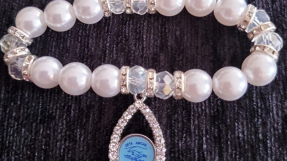 Amicae Teardrop Pearl Bracelet