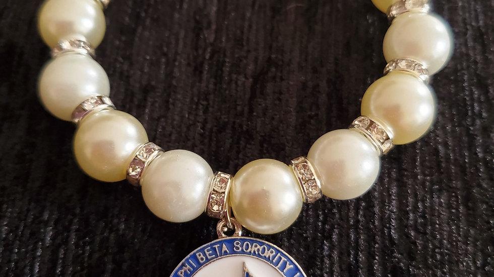 Zeta Dove 1920 Pearl Bracelet