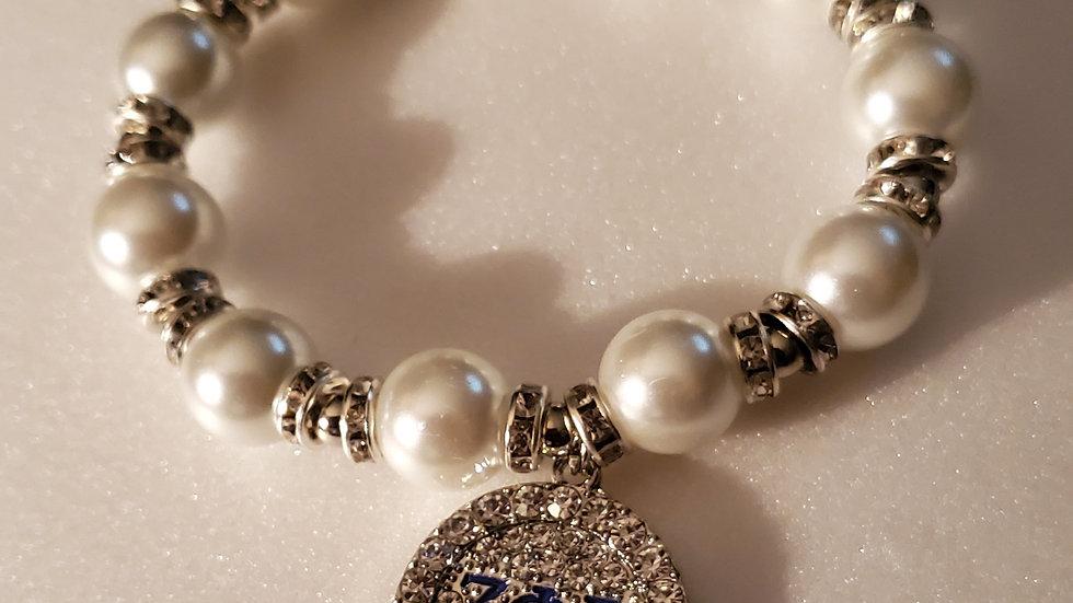 Zeta Bling Pearl Bracelet