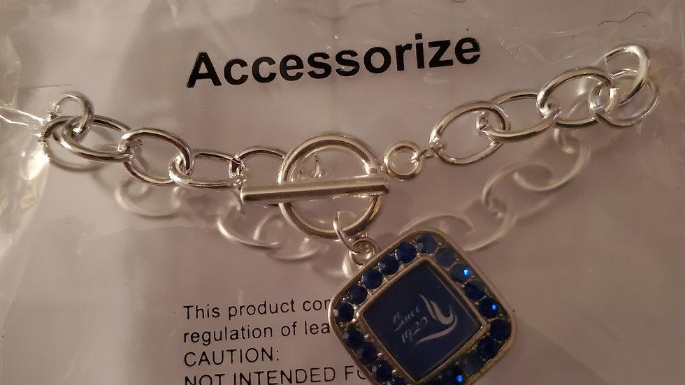 Zeta Dove Square Chain Bracelet