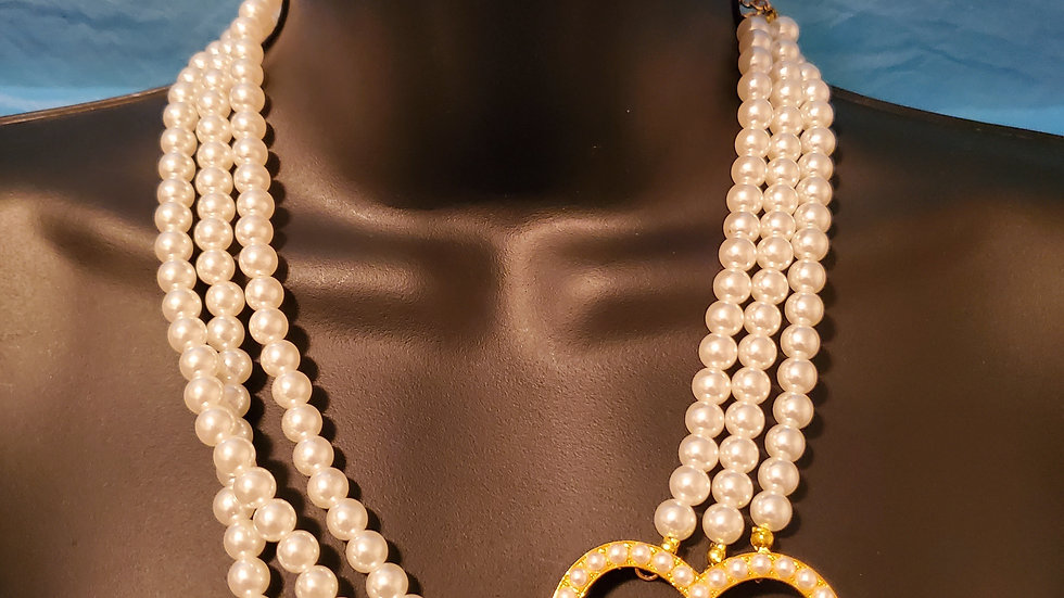 Philo New Pearl Heart Necklace