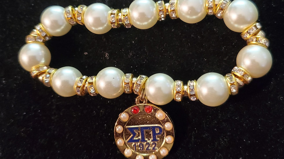 Sgrho Pearl Bracelet