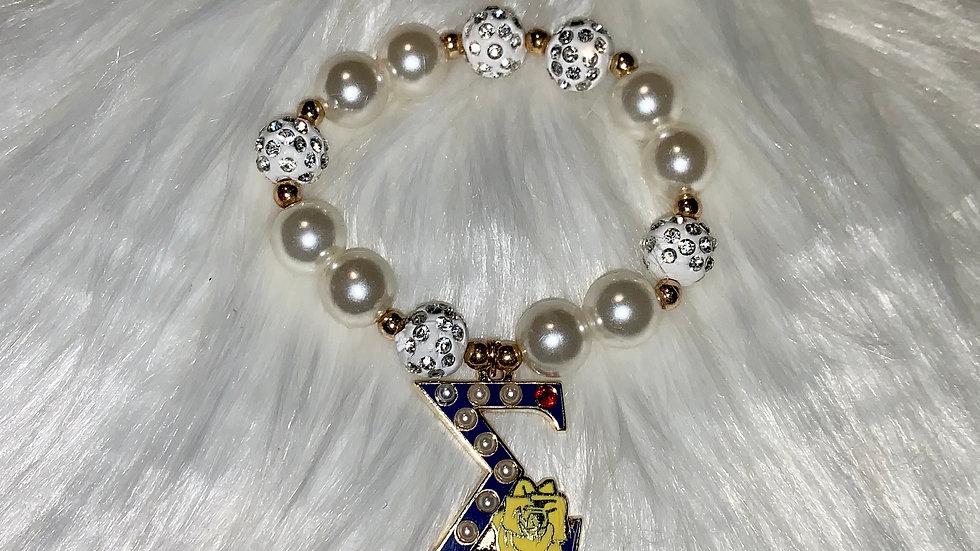 Chunky bead sigma bracelet