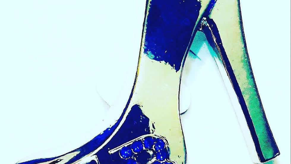 Zeta shoe pin