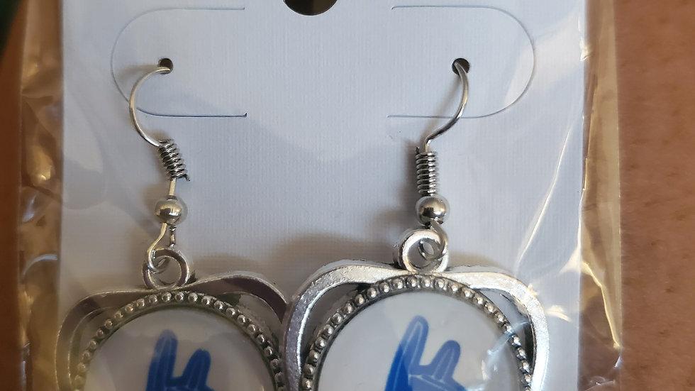 Zeta Heart Hand Earrings