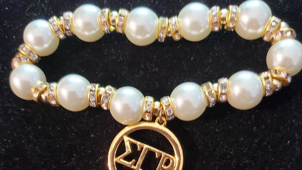 Sgrho Pearl letter bracelet