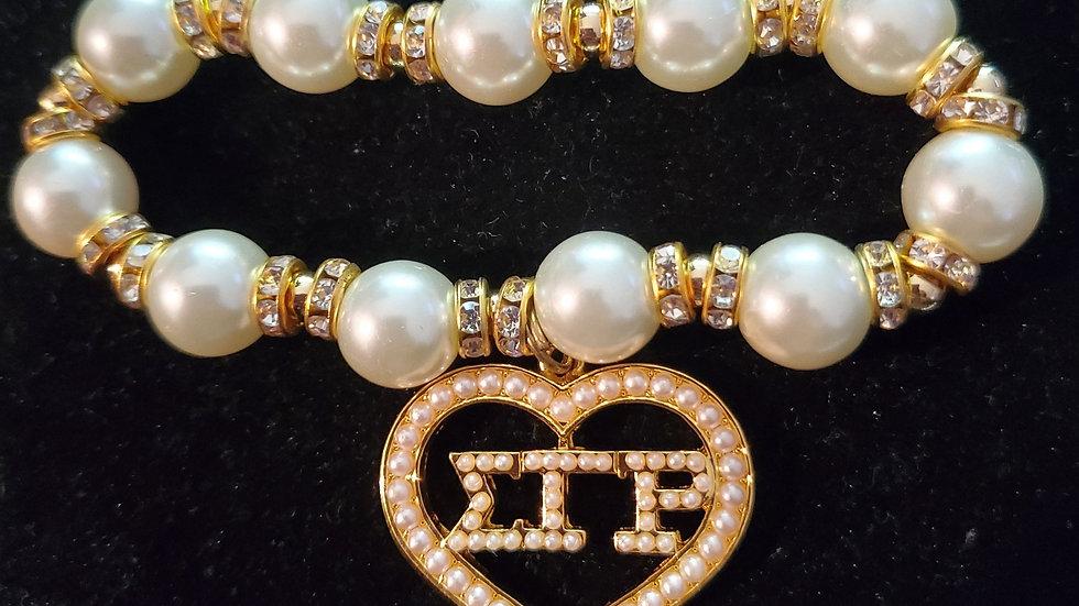 Sgrho pearl Heart Bracelet