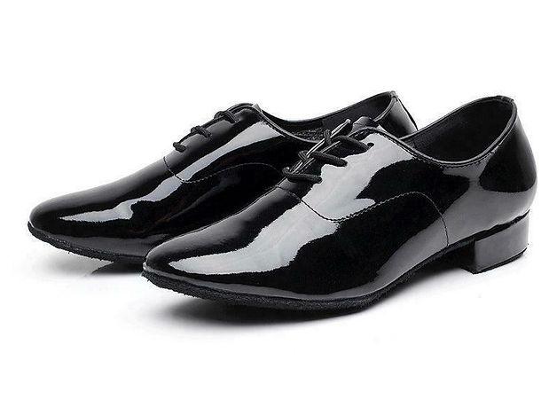 נעלי גברים מבריקות עקב נמוך