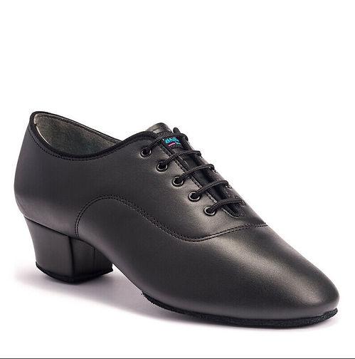 נעלי גברים לטיניות עם עקב גבוה