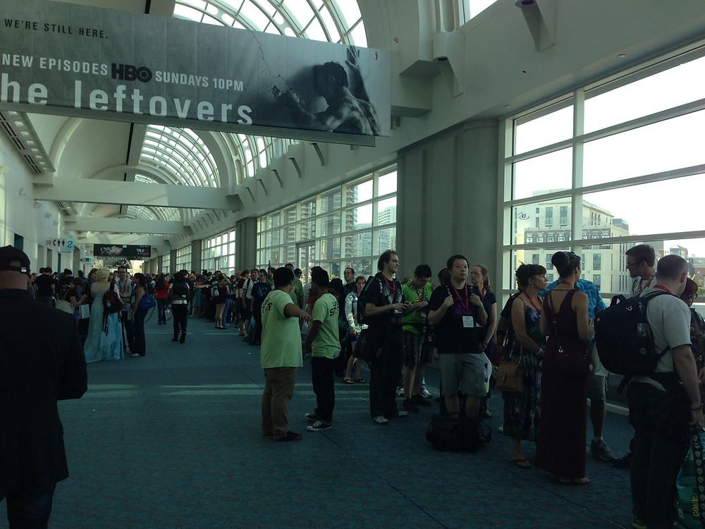 Comic-Con FFO Line.JPG