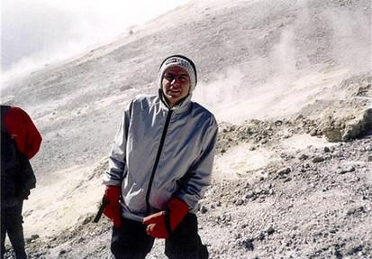 100 meters to the Damavand summit