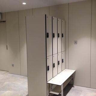 locker with bench.jpg