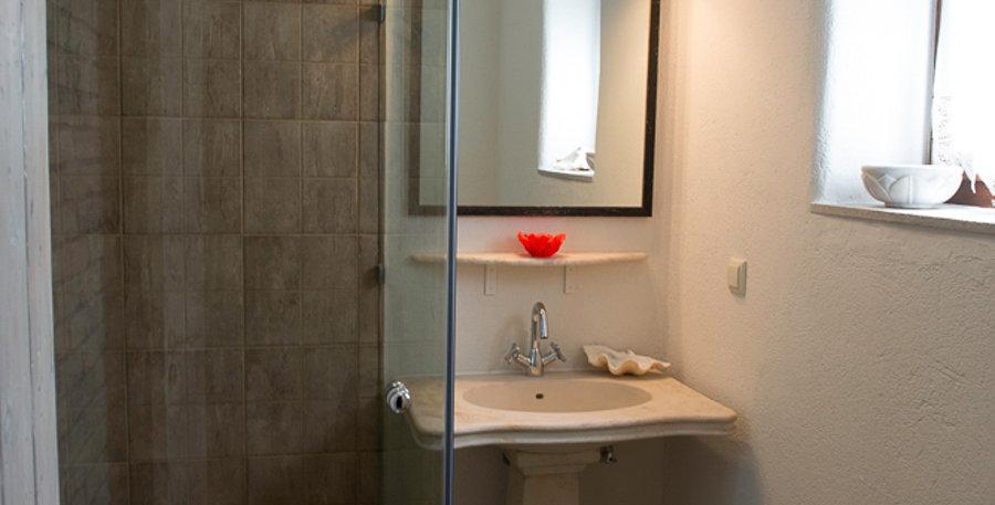 Grand View Rhea - Bathroom