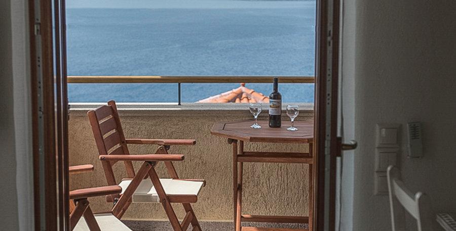 Grand View Rhea - Balcony