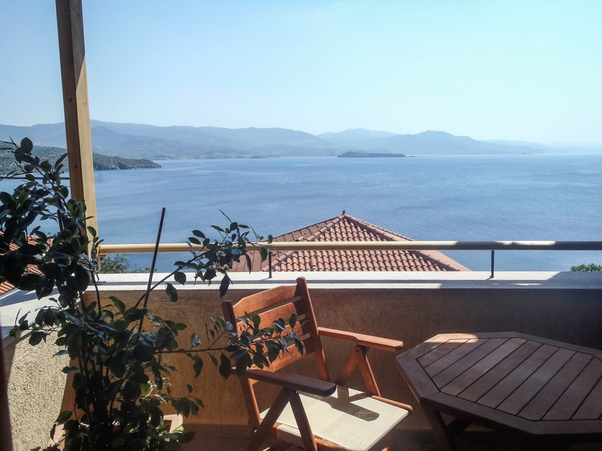 Grand View Rhea - Balcony View