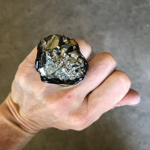 SIZE 5 / PYRITE RING