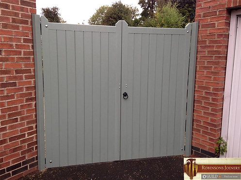 Garden gates driveway gates hand crafted in the United Kingdom