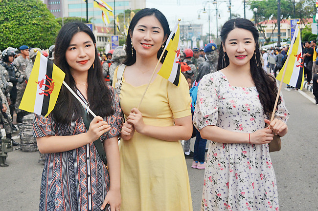 Korean students savour grand parade