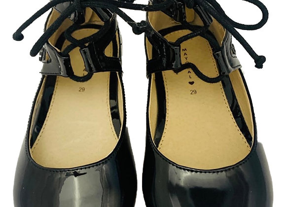 Ankle lace patent shoe