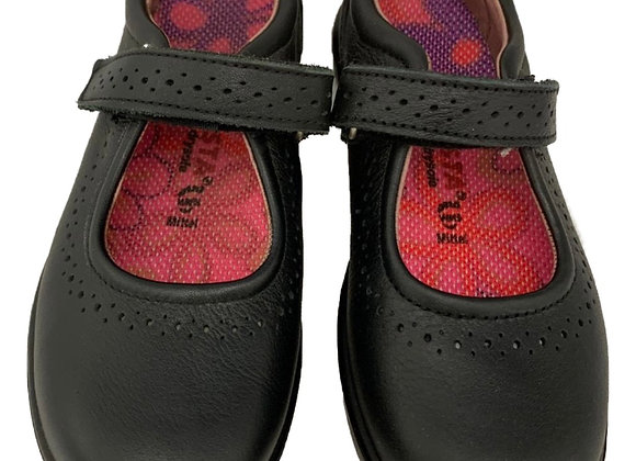 Dotted design velcro shoe