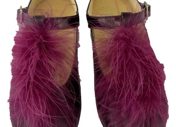 Fur t-bar shoe