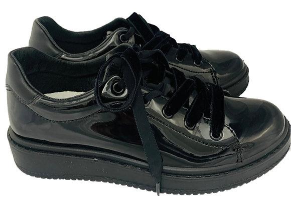 Velvet bow patent school shoe