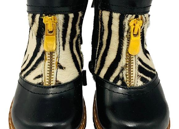 Orthopaedic zebra effect boots