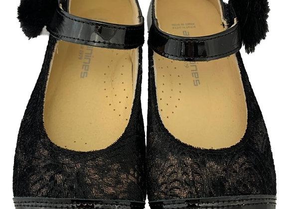 Fur Pom Pom textured velcro shoe