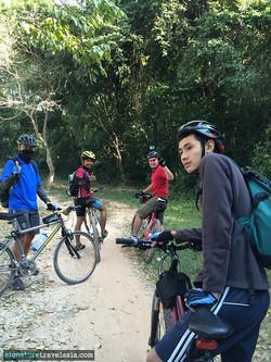 นักปั่นตะลุยอังกอร์ เส้นทางป่าฝน