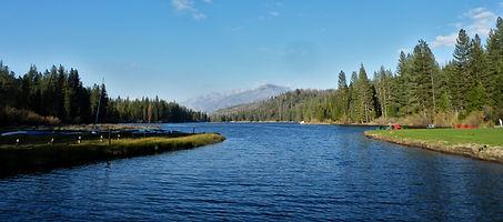 Hume_Lake_P4280990.jpg