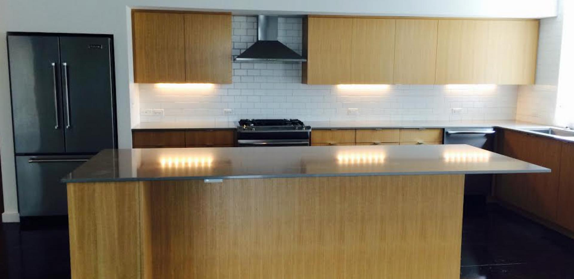 Studio 209 Kitchen 2.png