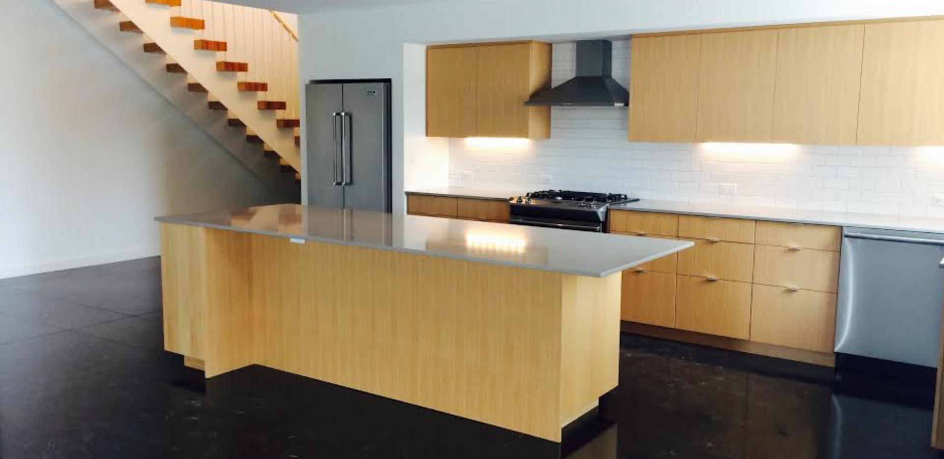 Studio 209 Kitchen 3.png