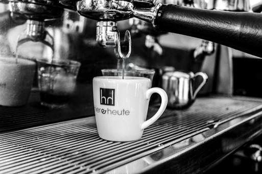 hierandheute cafe