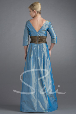 Siri Loretta Young Gown