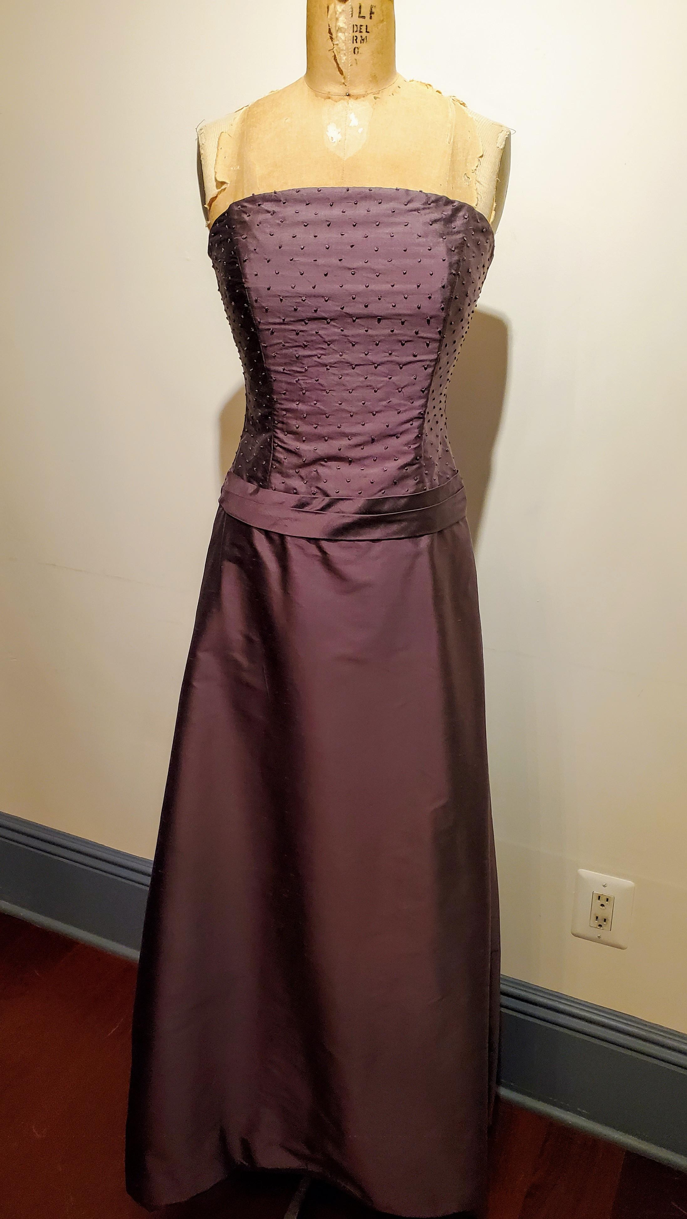 Siri Granada Gown & Shrug