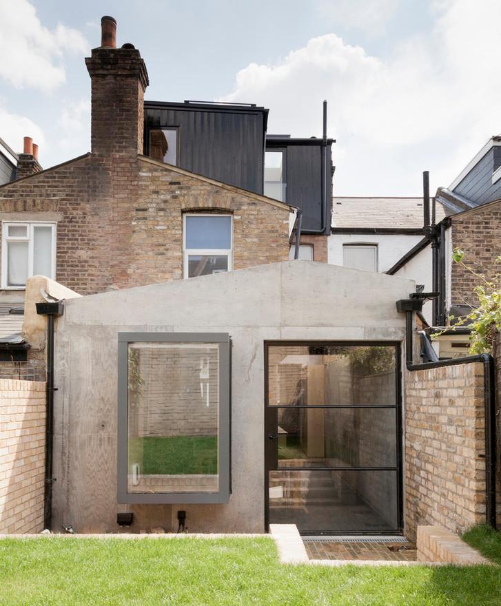 Casa de madera contrachapada / Simon Astridge
