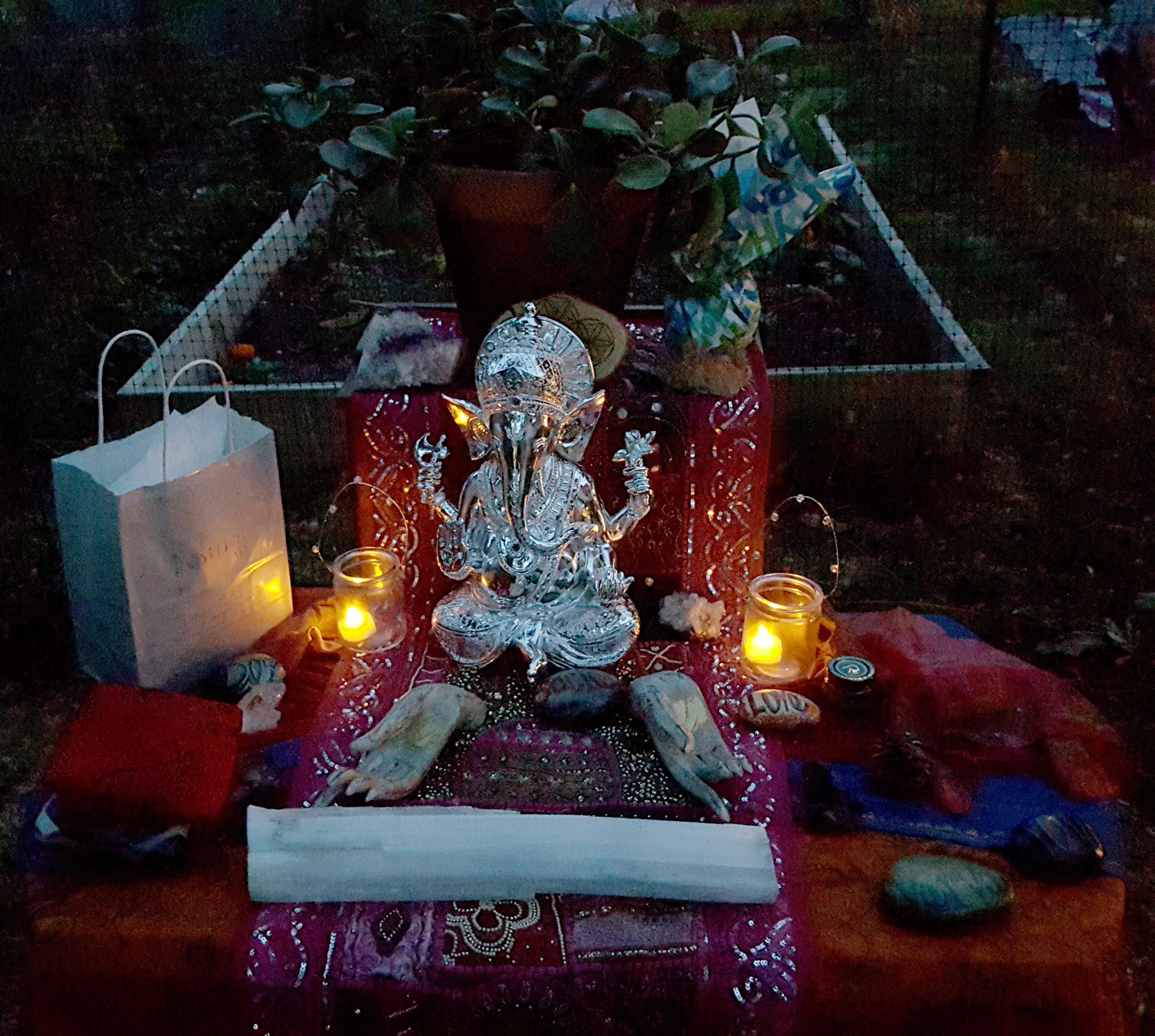 Garden Party Altar