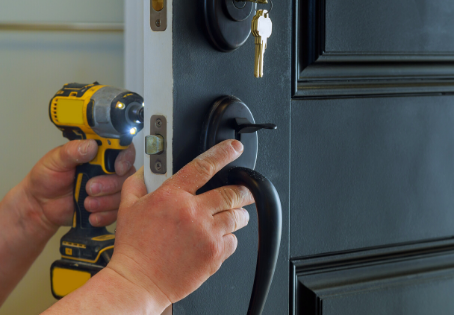 Looking for Locksmith Services in Des Peres?