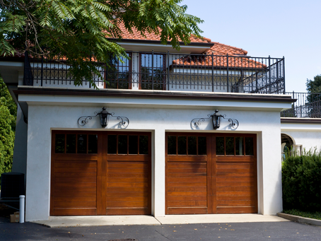 4 Ways a Garage Door Can Increase Kerb Appeal