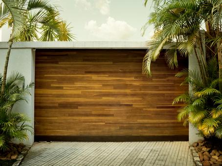 Common DIY Garage Door Installation Pitfalls